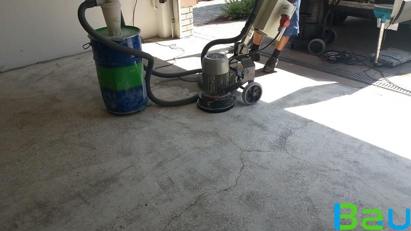 garazs-mugyanta-burkolata-csiszolt-felület.jpg_816x459